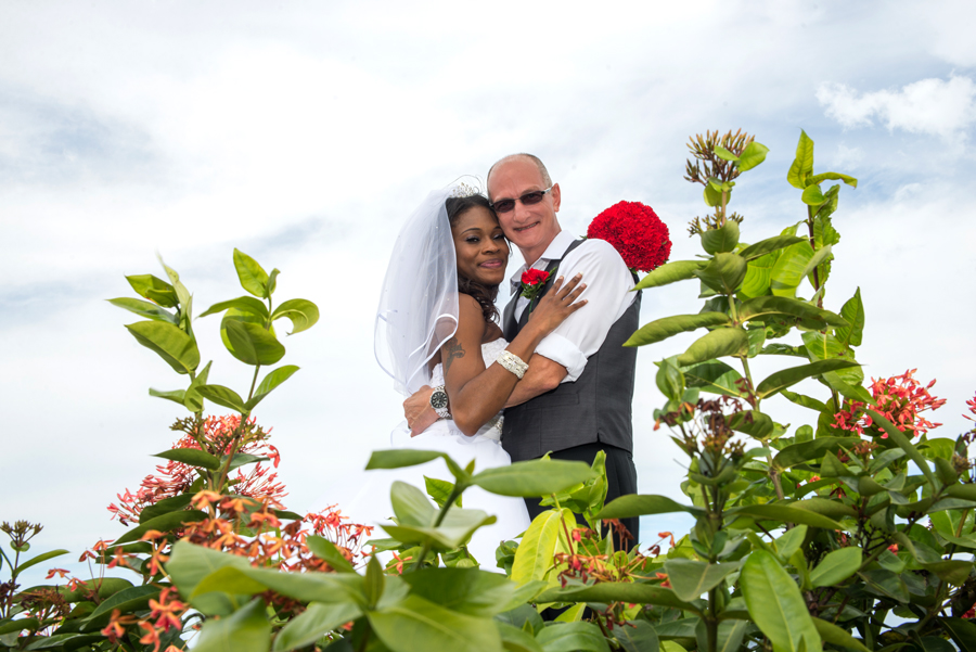 Don't make the mistake of postponing choosing your Jamaican wedding photographer to the last minute